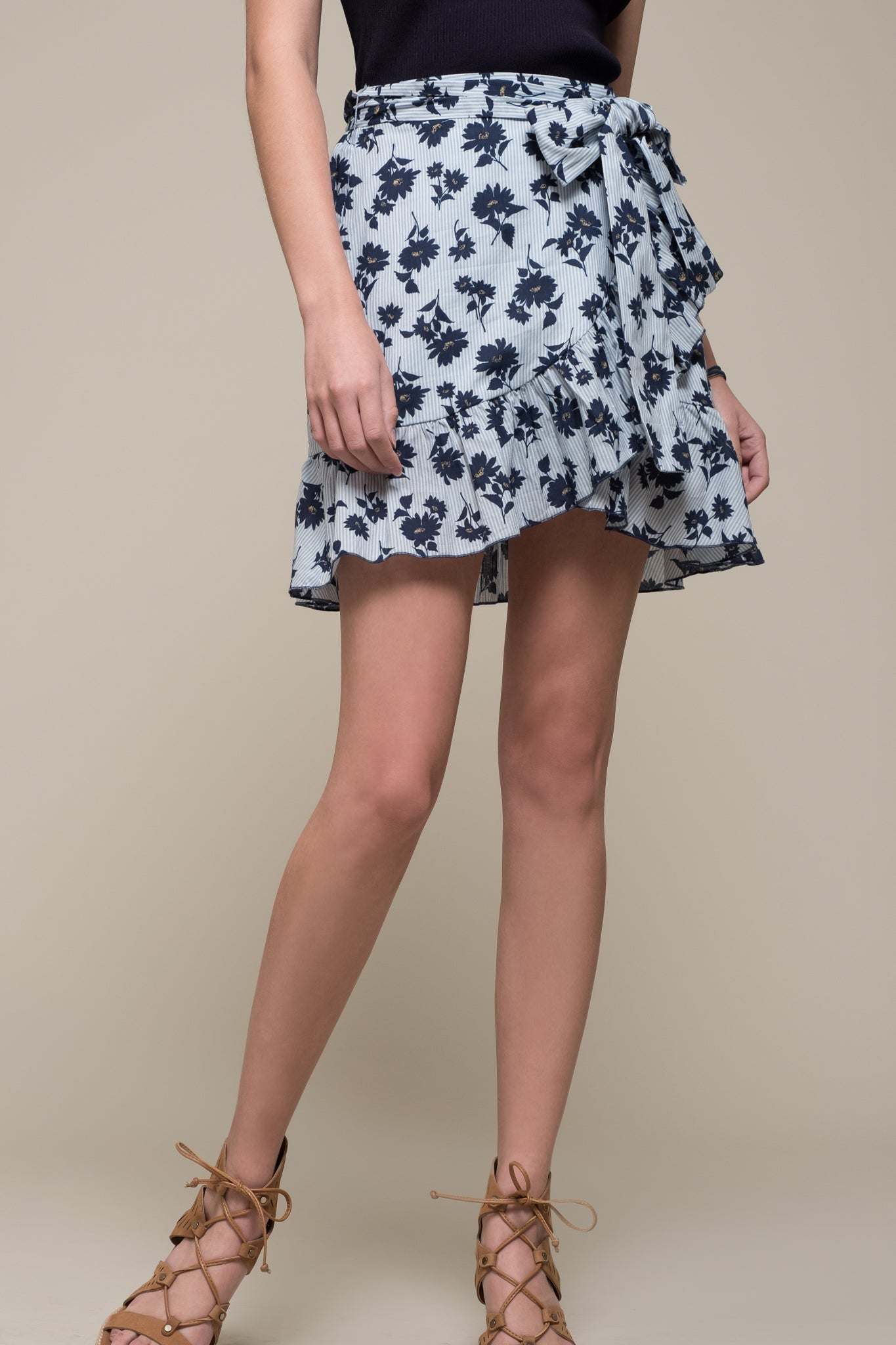 FLORAL WRAP SKIRT WITH RUFFLE