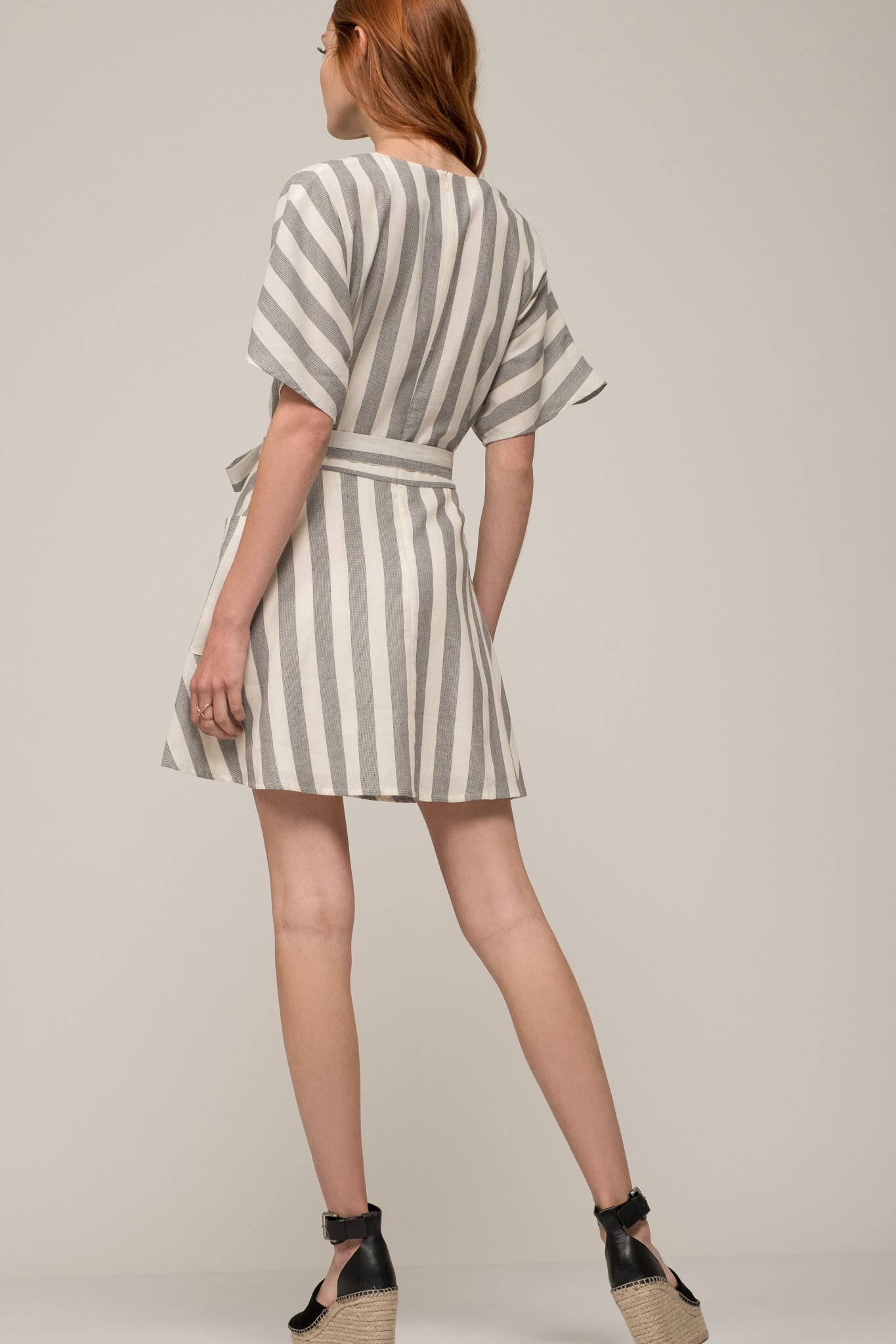 WRAP DRESS WITH POCKETS