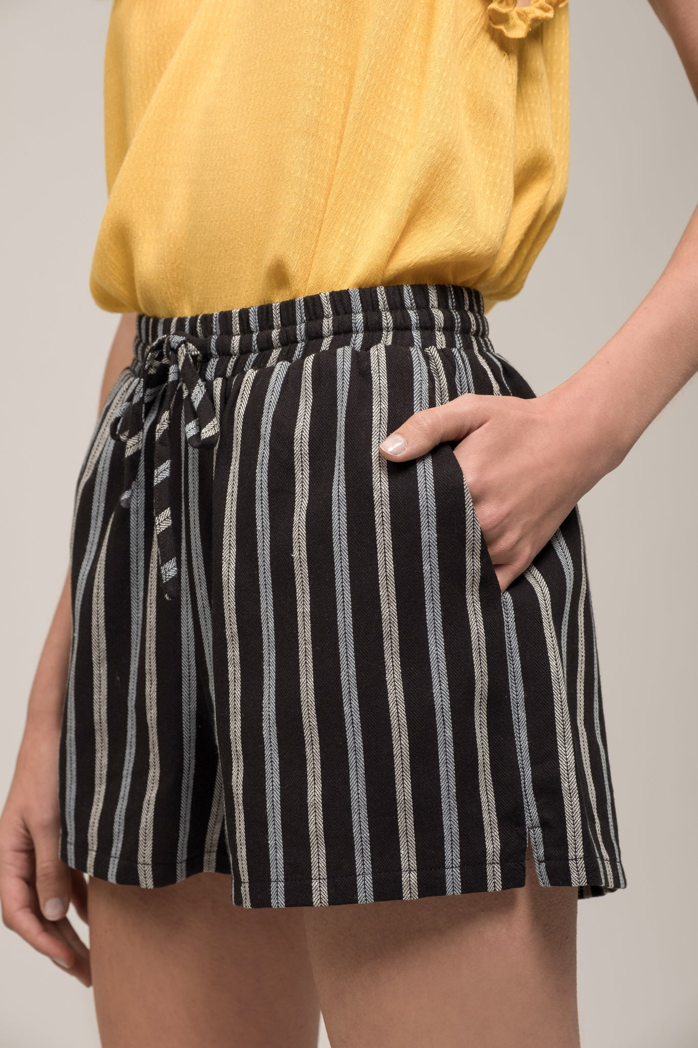 ELASTIC WAIST SHORTS WITH TIE