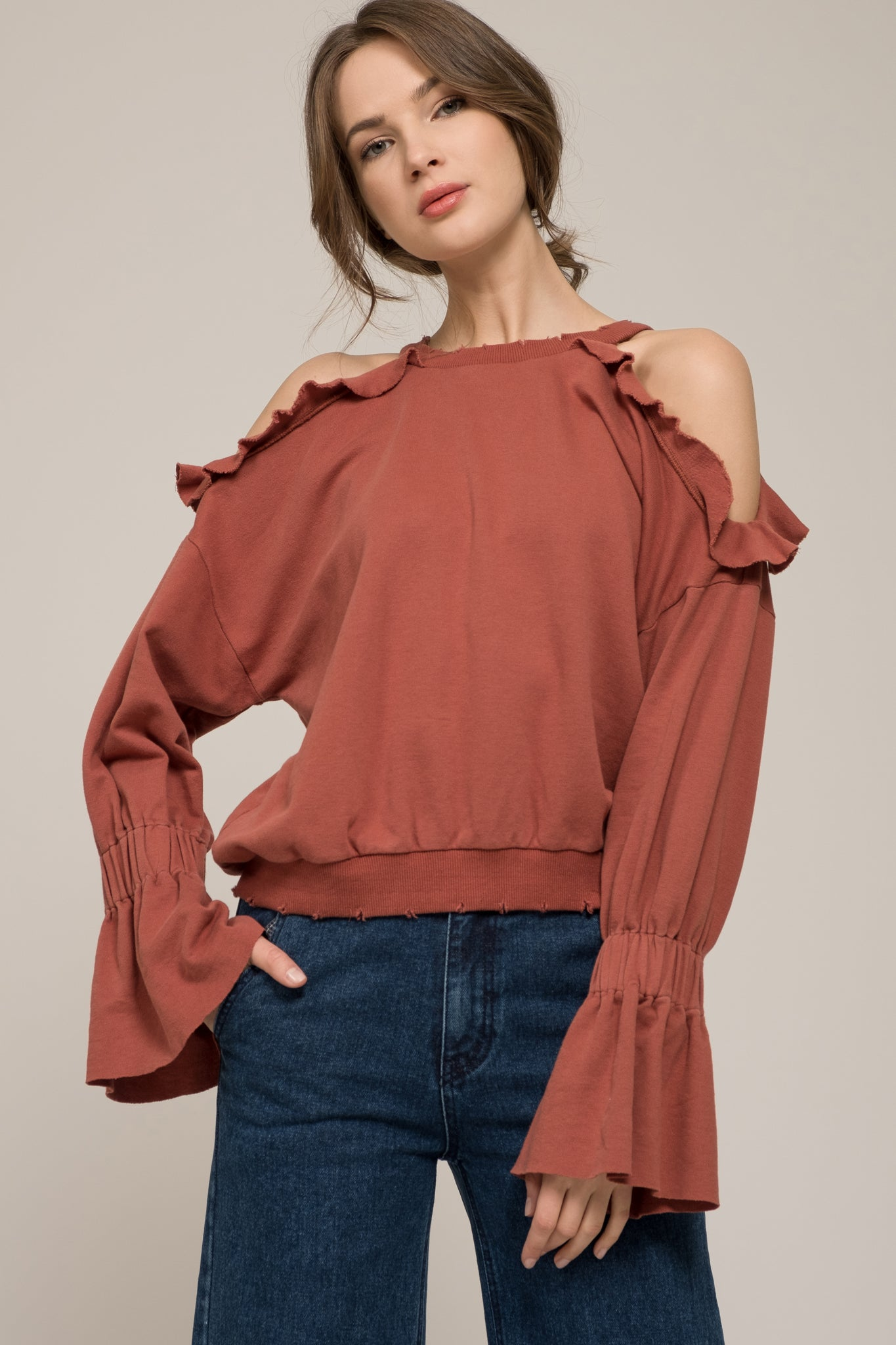 2bc4e13dac6d48 COLD SHOULDER RUFFLE TOP WITH DISTRESSED HEM – Moon River