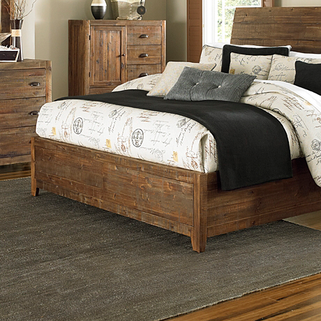 River Ridge Queen Island Bed Footboard