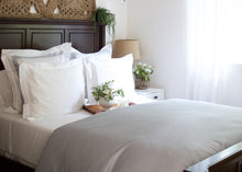 6 Nice Things Every Bedroom Deserves