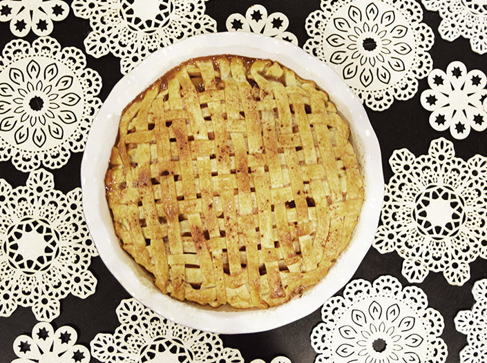 Homemade Holiday Apple Pie Recipe by Boll & Branch
