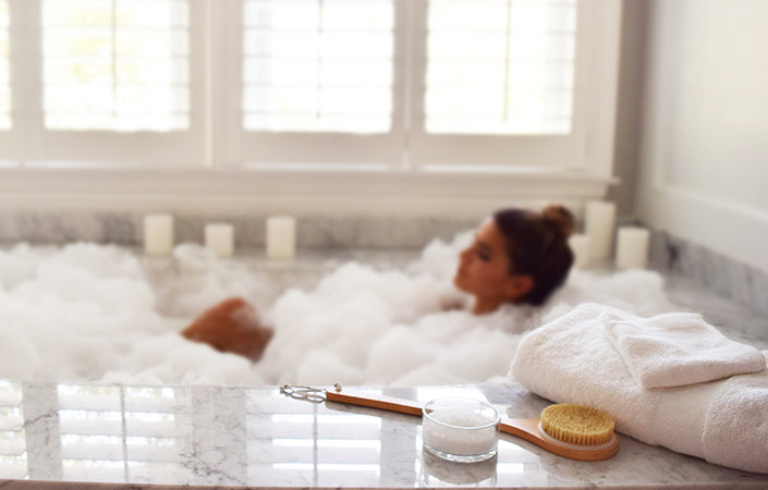 Epsom Salts and Organic Cotton Bath Towels for Bubble Bath