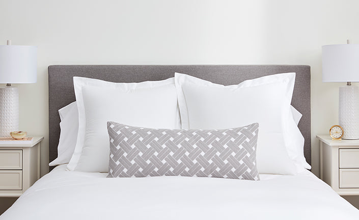 . How to Arrange Decorative Pillows on a Bed   in 4 Simple Ways   Boll