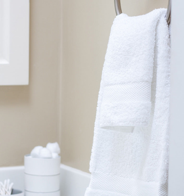 You Can Even Add A Decorative Accent By Hanging Elegant Bathroom Brushes Or  Accessories Over The Draped Towels.