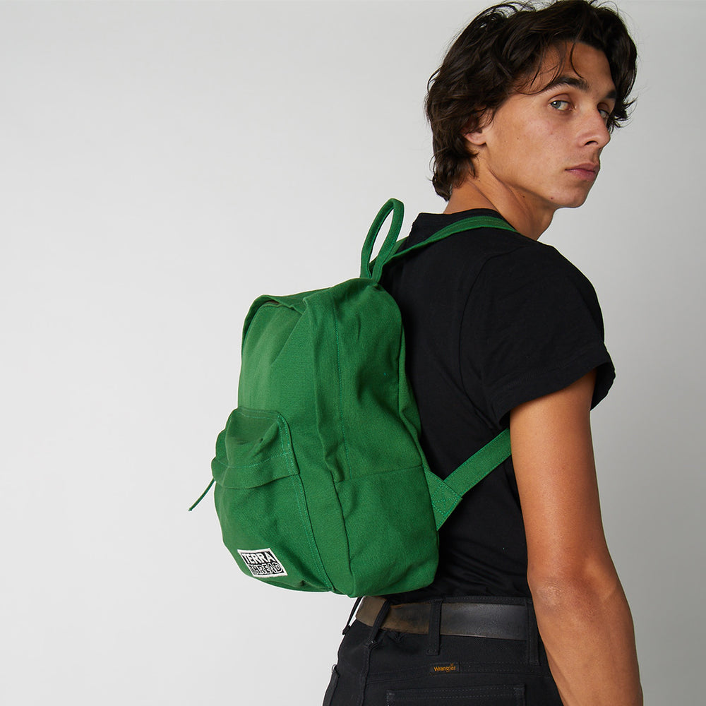 Which is better - organic cotton backpacks vs. polyester backpacks