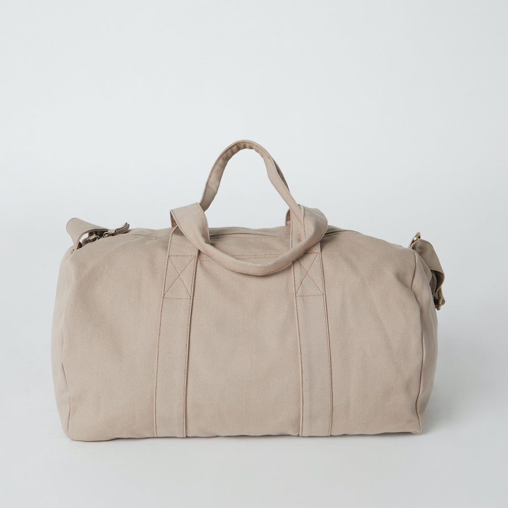 Load image into Gallery viewer, organic cotton gym bag fairtrade certified sand color.