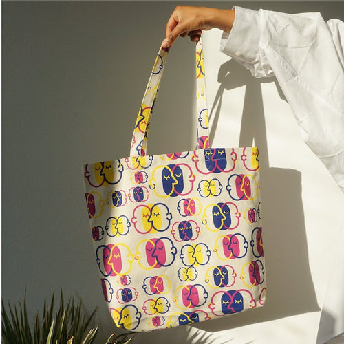 Tote bag with limited pride design