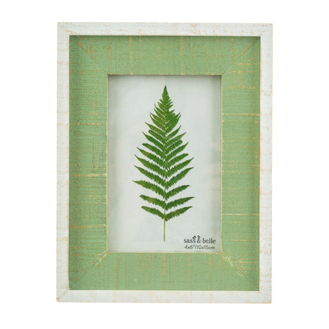 DISTRESSED GREEN WOODEN 6 x 4 PHOTO FRAME