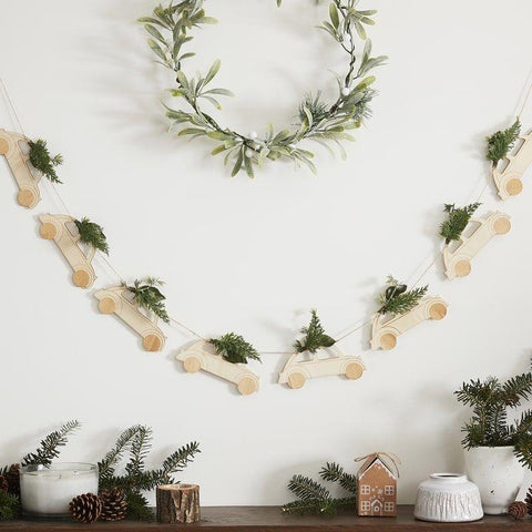 Wooden Car Christmas Bunting With Foliage