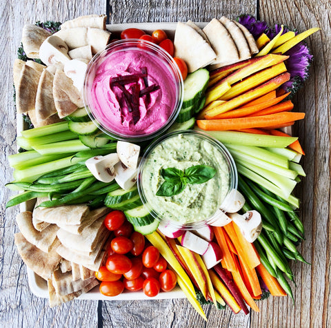 RAINBOW DIP & CRUDITÉ PLATE - Catering