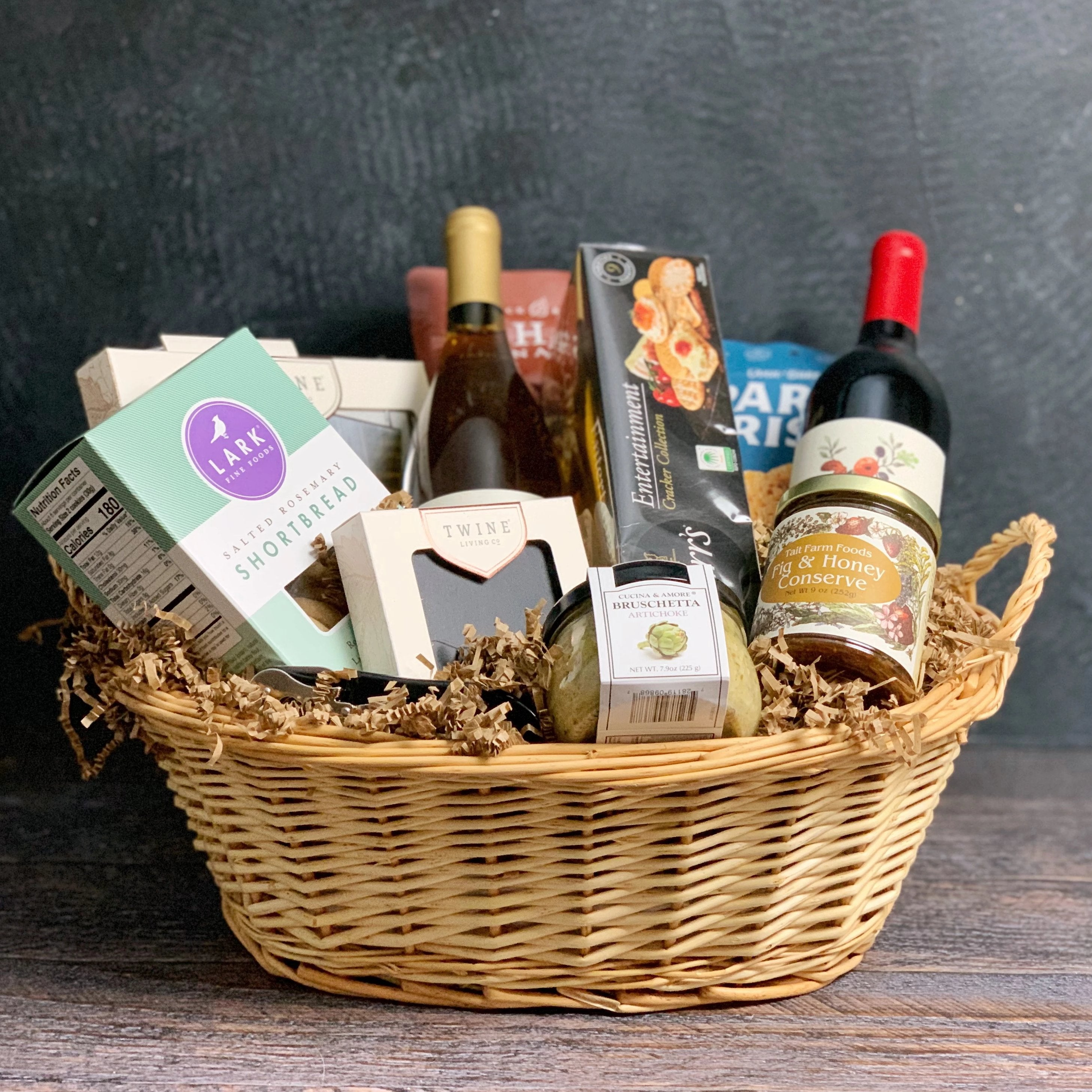 """The Entertainer"" Gourmet Food & Wine Gift Basket"