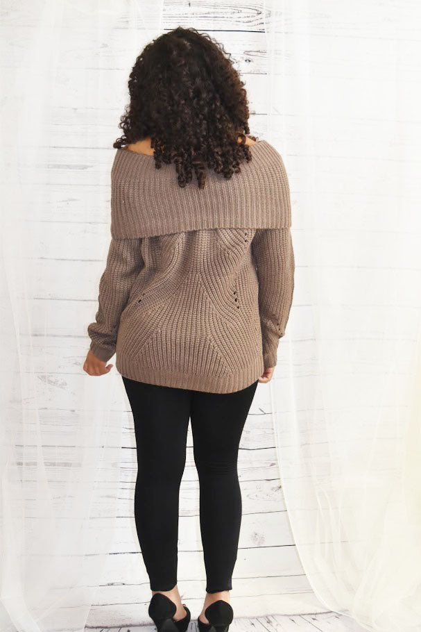 She Stands Tall - Sweater Mocha