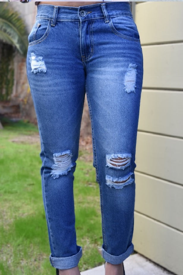 Her Style - Boyfriend Distressed Jeans