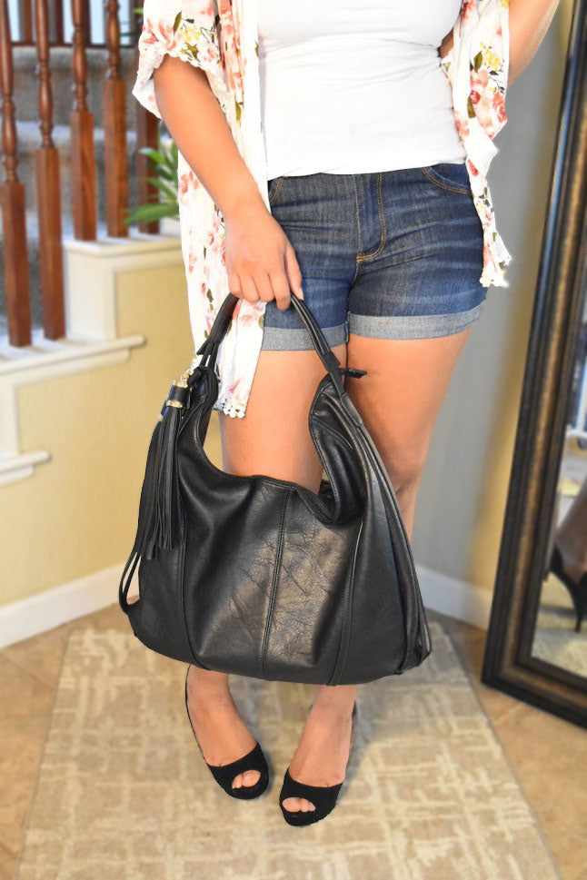 Fashion is Life - Black Hand Bag