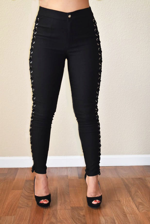 Oufit on Point - Side Lace-Up Bengalin Skinny Pants - Black