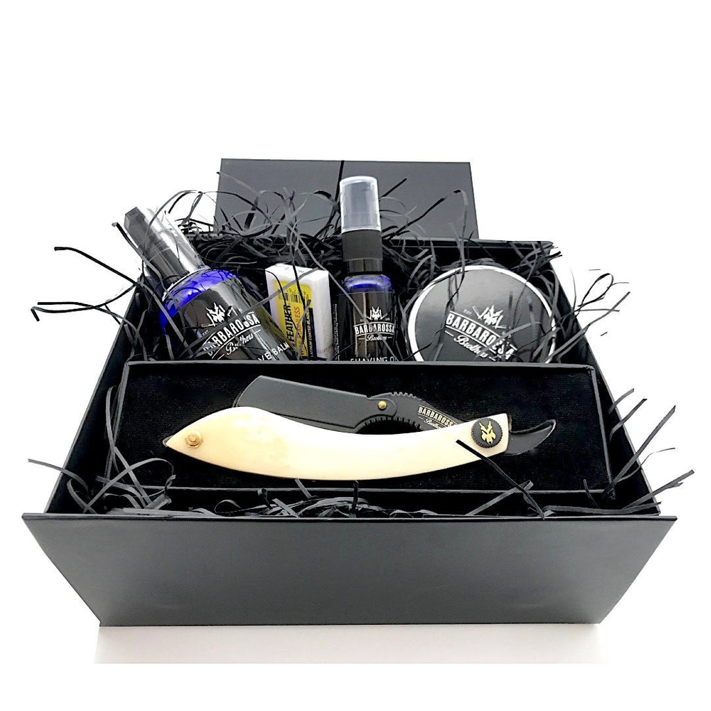 The Cutlass Hamper Gift Set available in Wood, Horn or Bone