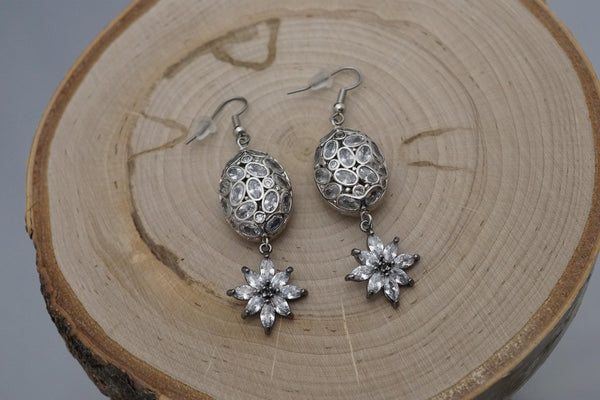 Duality Earrings with Silver Pendant