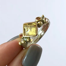 Load image into Gallery viewer, Citrine and Yellow Sapphires Bubble Court Ring
