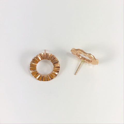 Rose Gold Front Facing Wave Studs