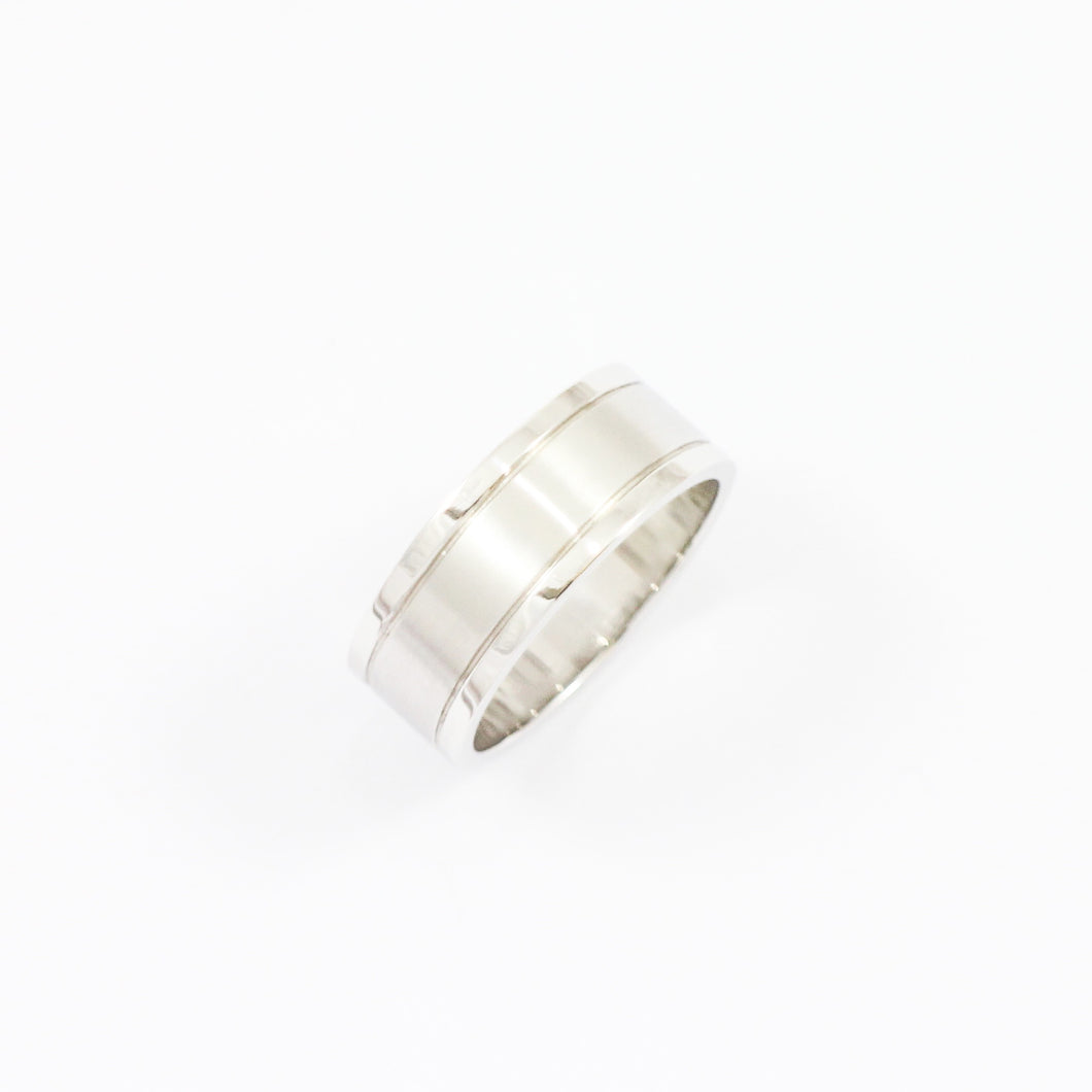 White Gold Grooved Wedding Band
