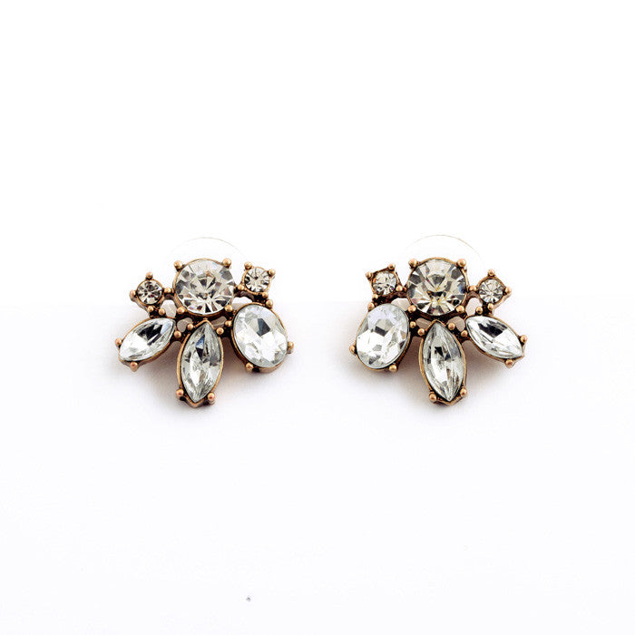 Valda Stud Earrings