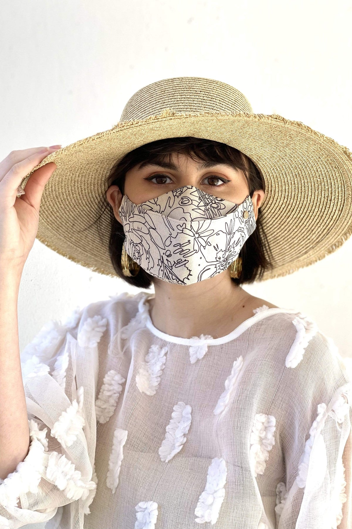 Box Pleated Face Mask Linen Line Art Floral Box Pleat Mask - Chloe Dao