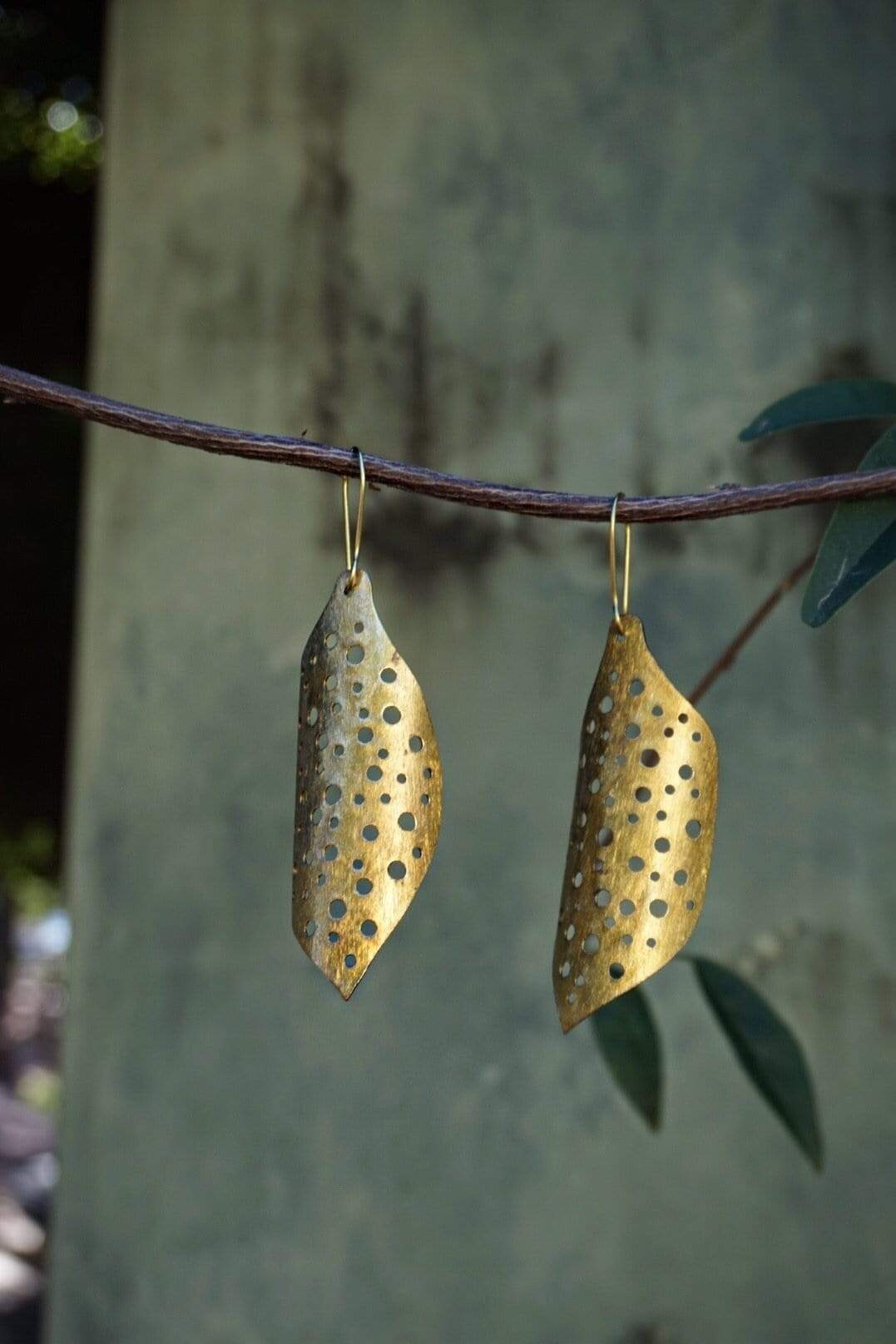 EARRING Brass Honey Comb Earrings - Chloe Dao