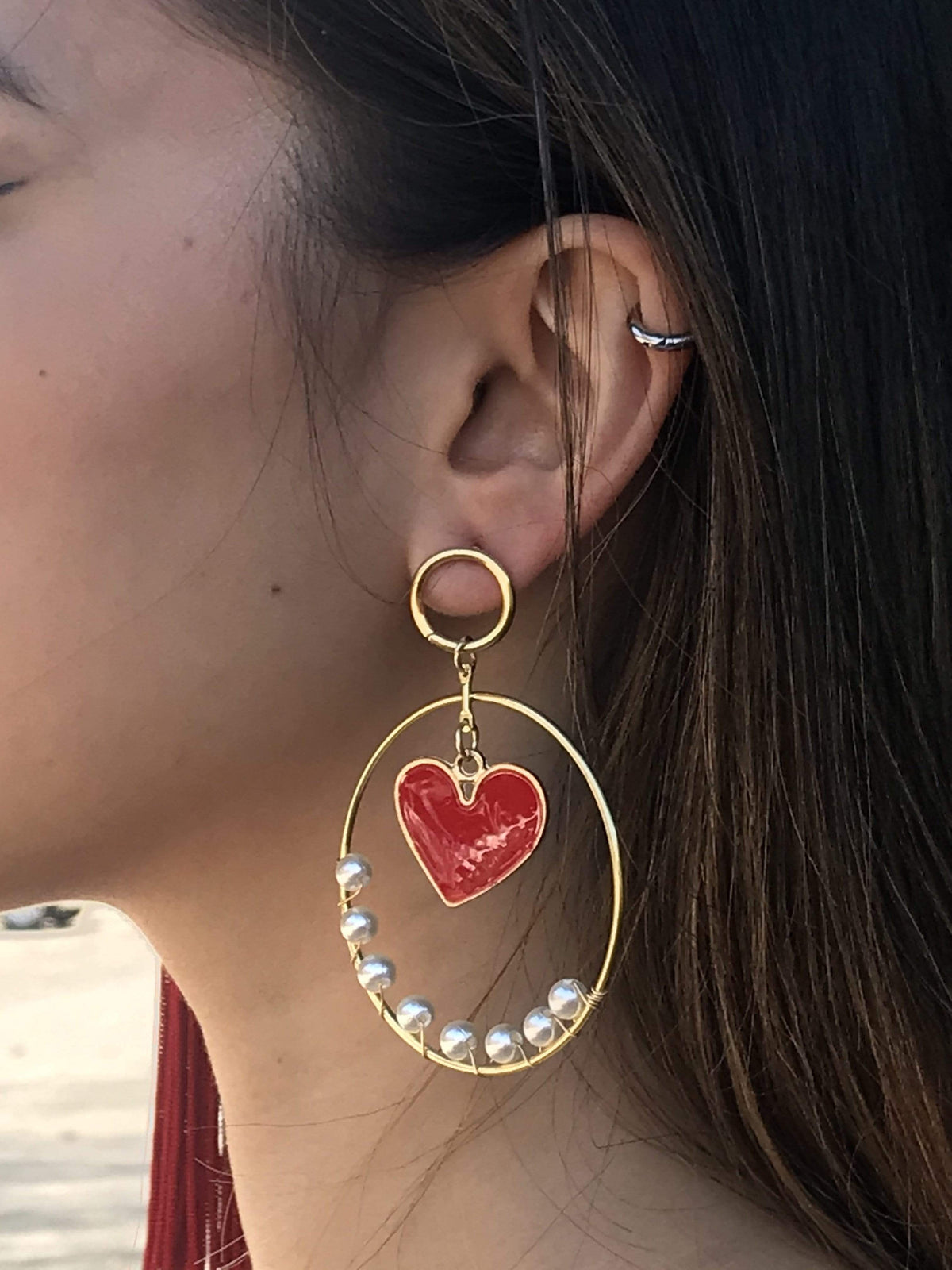 Ole EARRING Heart in Pearl Hoop