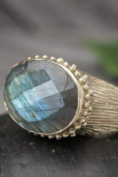 Faceted Stone Ring Labadorite