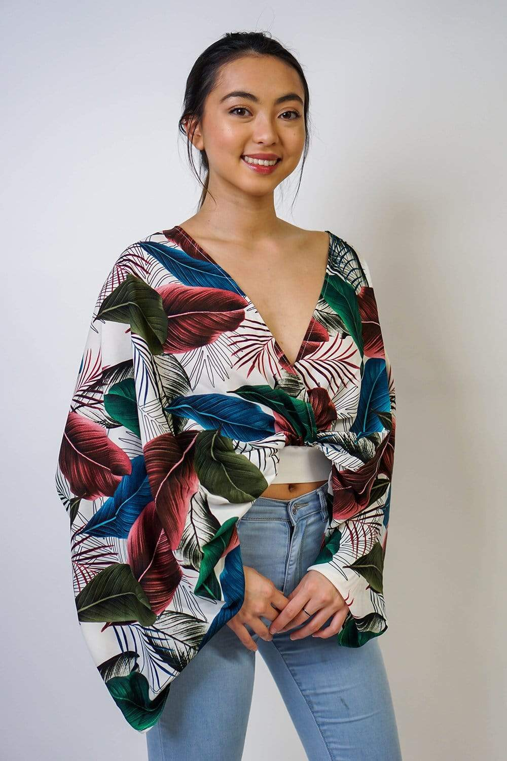 TOP Empire Tropical Feathers Printed Batwing Top - Chloe Dao