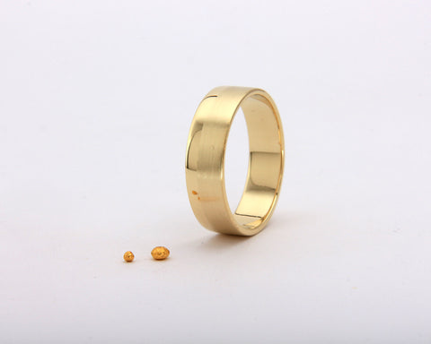 Handmade men's flat wedding ring