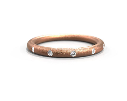 Rose gold and diamonds wedding ring