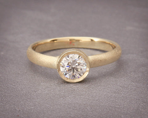Handmade Solid 14K Gold and a Solitare Diamond Engagement Wedding Ring