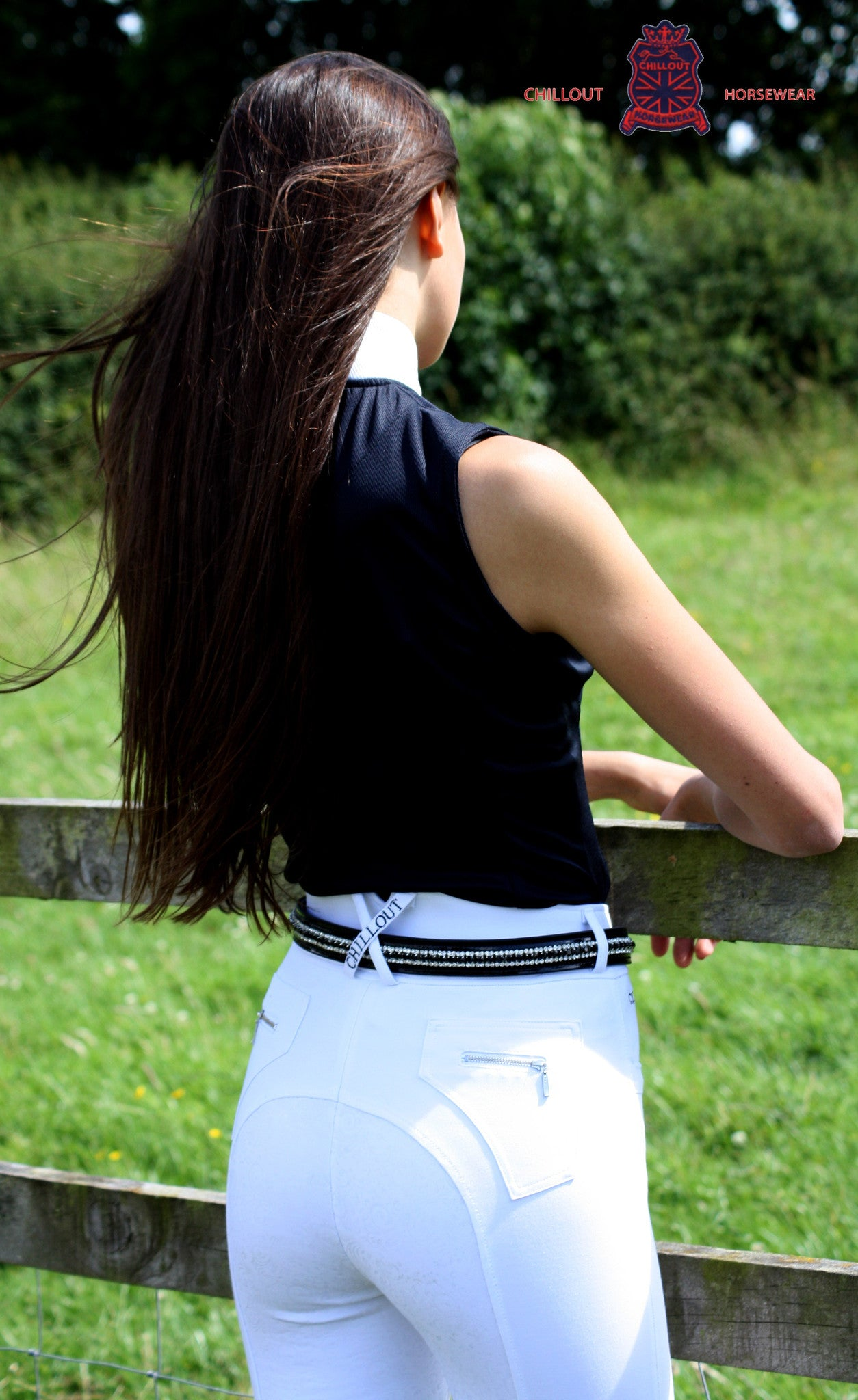 Slightly marked WHITE FULL SEAT SILICONE BREECHES