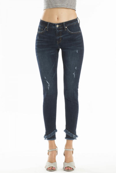 Regular Real 5 pocket skinny jean with cross fray ankle