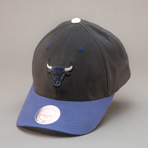Chicago Bulls Blue Bull Snapback Hat