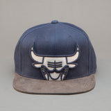Chicago Bulls Leather XL Logo Snapback
