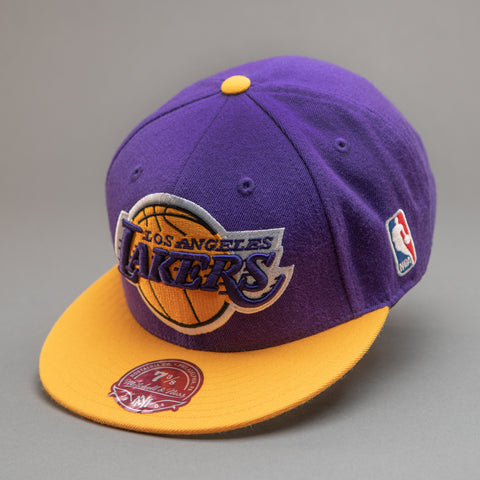 Los Angeles Lakers XL Logo 2 Tone Fitted Hat