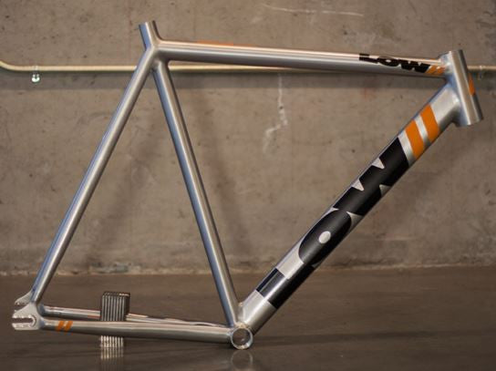 LOW// Pursuit Frameset