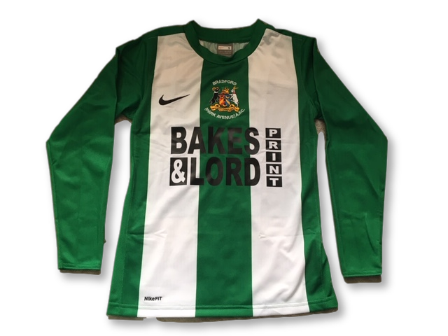 Bradford (Park Avenue) AFC 2009-10 (Long Sleeved) Home Shirt (Age 8/10)