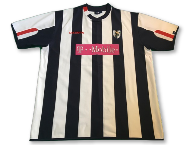 white & navy diadora West Brom 2004-05 Home Football Shirt