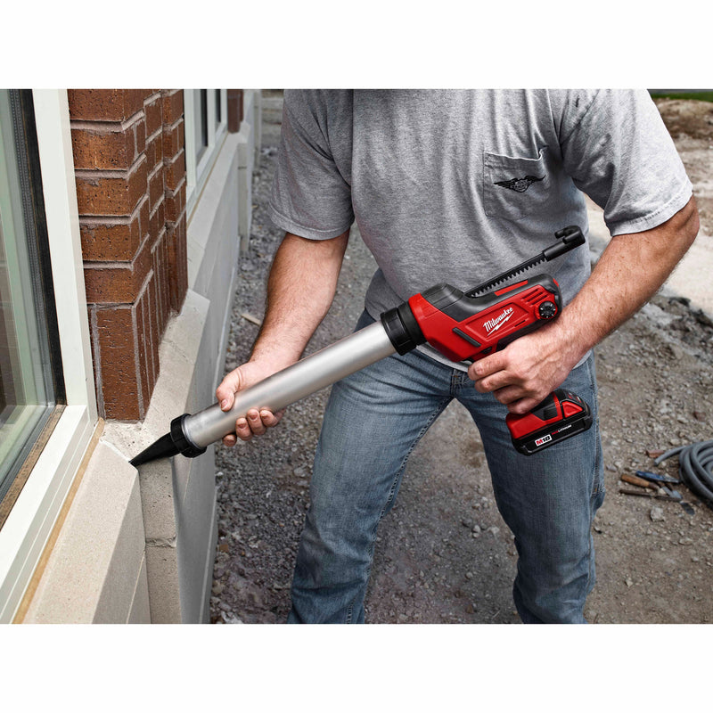 Milwaukee 2642-21CT M18 Cordless 20oz. Aluminum Barrel Sausage Style Caulk and Adhesive Gun Kit