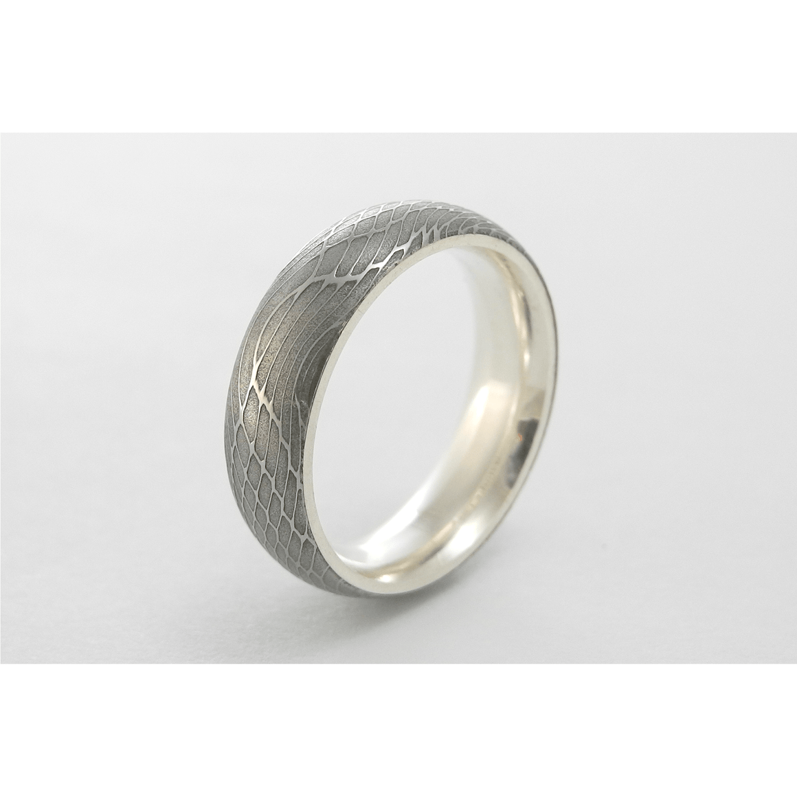 Spider Silk Stainless Damascus Steel Ring with Silver Interior
