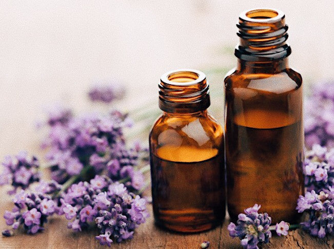 5 Essential Oils and Uses For Beginners