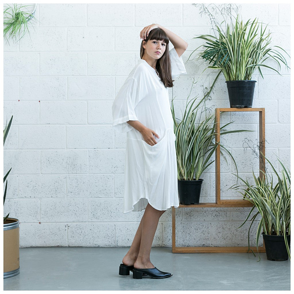 Oversized Buttoned Shirt Dress,Dropped Waist Shirt Dress, White. - Maison du Roi - 2