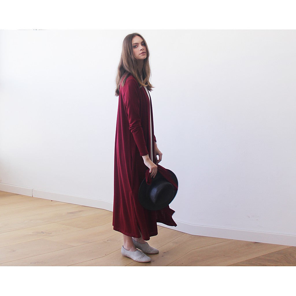 Knitted maxi bordeaux cardigan with pockets ,Red maxi knit autumn coat - Maison du Roi - 3