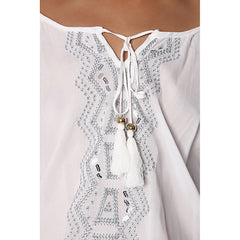 White blouse with contrast embroidery - Maison du Roi - 4