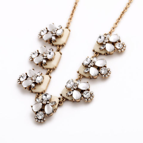 Olivia Necklace white